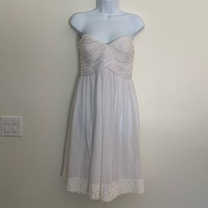 Size 4 white sweet heart neckline summer dress